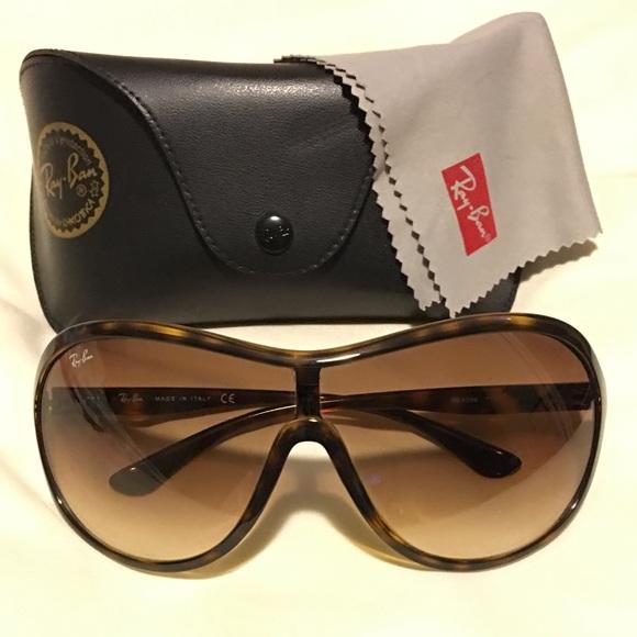4c45d8b94e Ray-Ban Highstreet Sunglasses RB 4096 Tortoise. M 5a977699f9e501cce48f267e